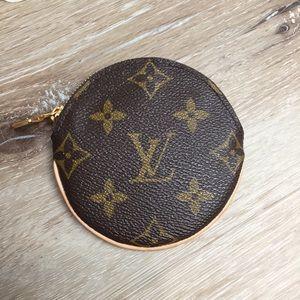 Louis Vuitton Monogram Round Coin Purse